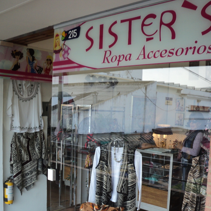 sister's-ropa